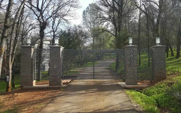 Driveway Gate Repair & Installation | Auburn