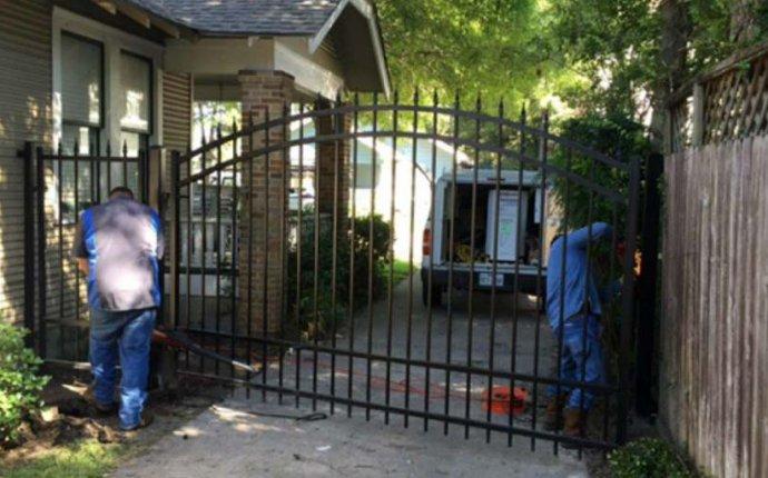Gate Repair Houston | Fast 24/7 Houston Gate Repairs
