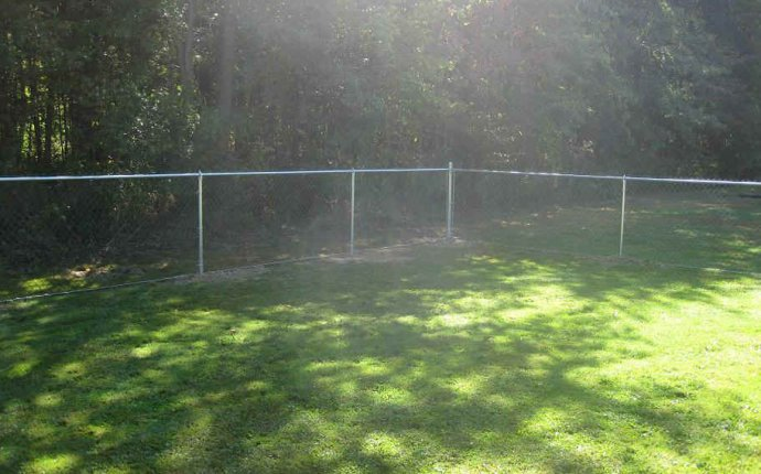 How to Install Chain Link Fence - Post Setting - Chain Link Fence