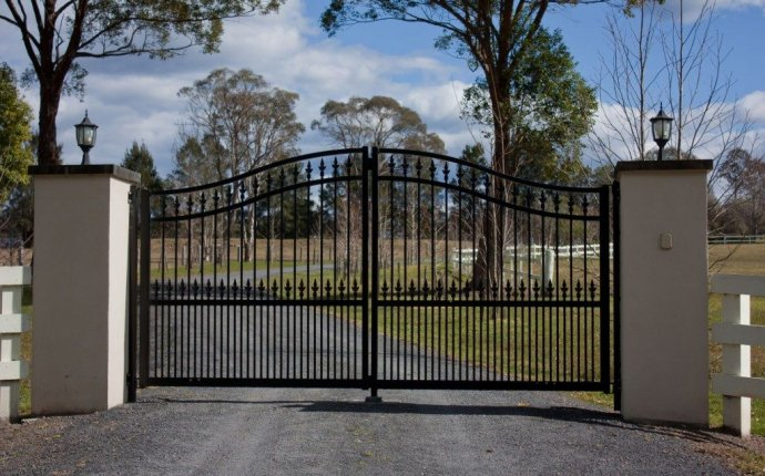 Phoenix Fence | Chain Link, Wrought Iron, Pool Fencing